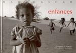 Front Cover: Enfances: Madagascar