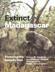 Front Cover: Extinct Madagascar: Picturing the I...