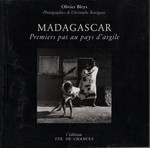 Front Cover: Madagascar: Premiers pas au pays d'...