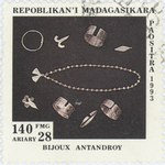 Antandroy Jewelery: 140-Franc (28-Ariary) Postage Stamp