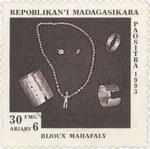 Mahafaly Jewelery: 30-Franc (6-Ariary) Postage Stamp