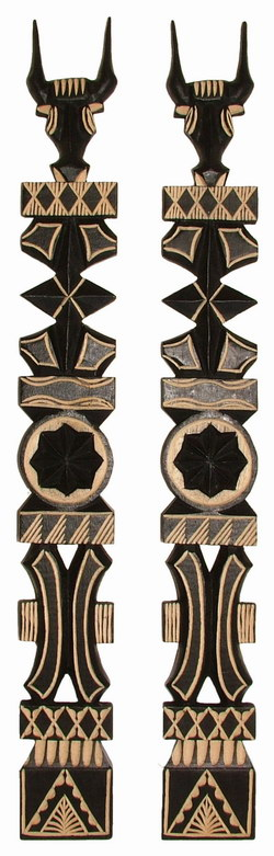 Aloalo Carvings: Pair