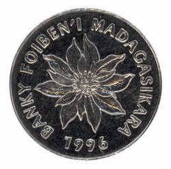 5 Malagasy Franc Coin: (1 Ariary)