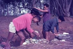 Scouts doing laundry: Ambositra