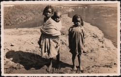Three young Malagasy girls