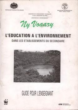 Ny Voaary: L'éducation à l'environnement dans des établissements du secondaire: Guide pour l'enseignant